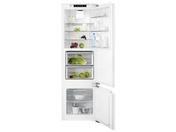 Холодильник двухкамерный Electrolux ENG 2693 AOW