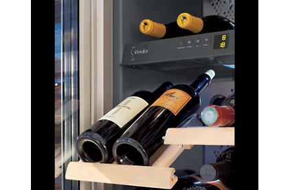 Винный шкаф встраиваемый Liebherr WTEes 2053